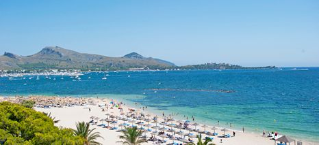Pollensa beach is a popular family destination